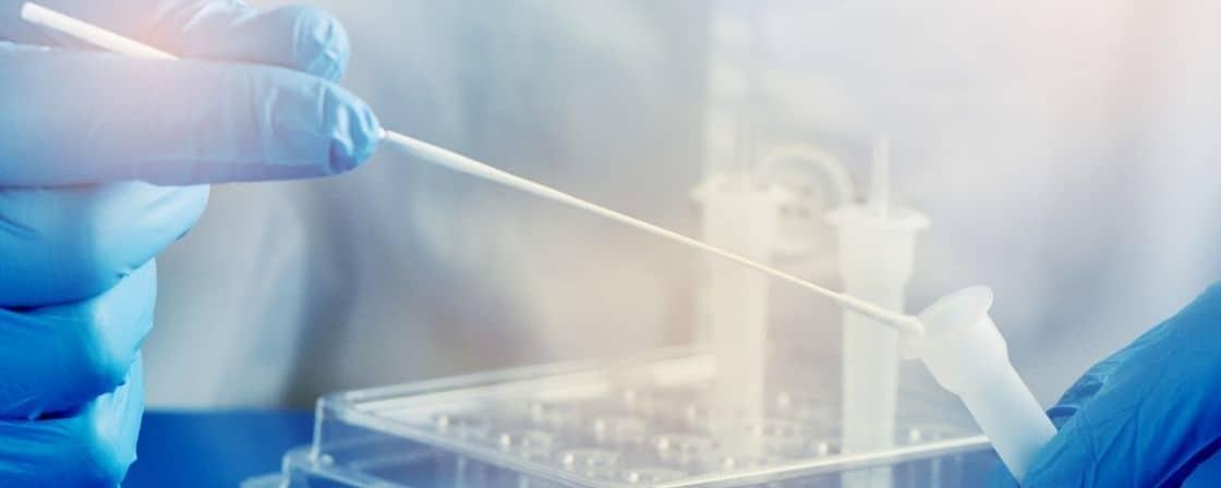 Lek na Covid-19 coraz bliżej wynalezienia. Polka wśród zespołu naukowców