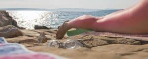 oparzenia słoneczne plaża słońce